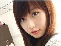 中国のネットで人気の美少女 玲玲(Lingling)の自分撮り画像