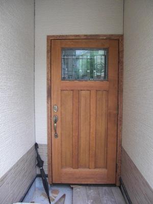 ムク材の玄関ドア